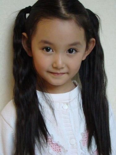 She is the most beautiful child, Guan Xiaotong and partner Zhao Liying Yang Mi for the match, was known to everyone!