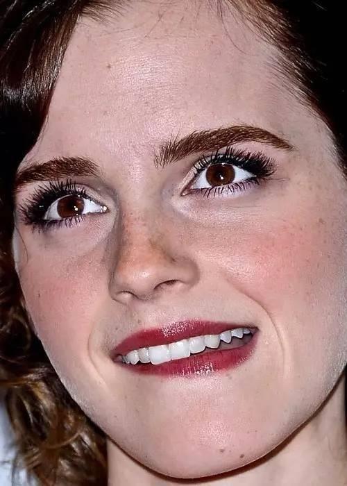 超高清镜头下女明星的脸再高级的妆容也藏不住