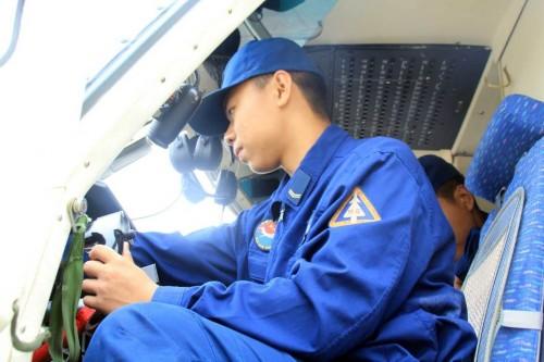 国产运12运输机飞行训练美如画