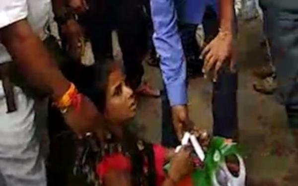 【转】北京时间      奇迹!印度女子被夹入铁轨后毫发未伤 - 妙康居士 - 妙康居士~晴樵雪读的博客