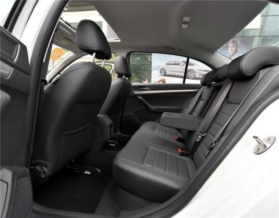 17款大众朗逸全国最低价格 裸车最低6.99万起售