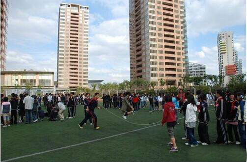 中国居住韩国人最多的一个城市,数量将近百万