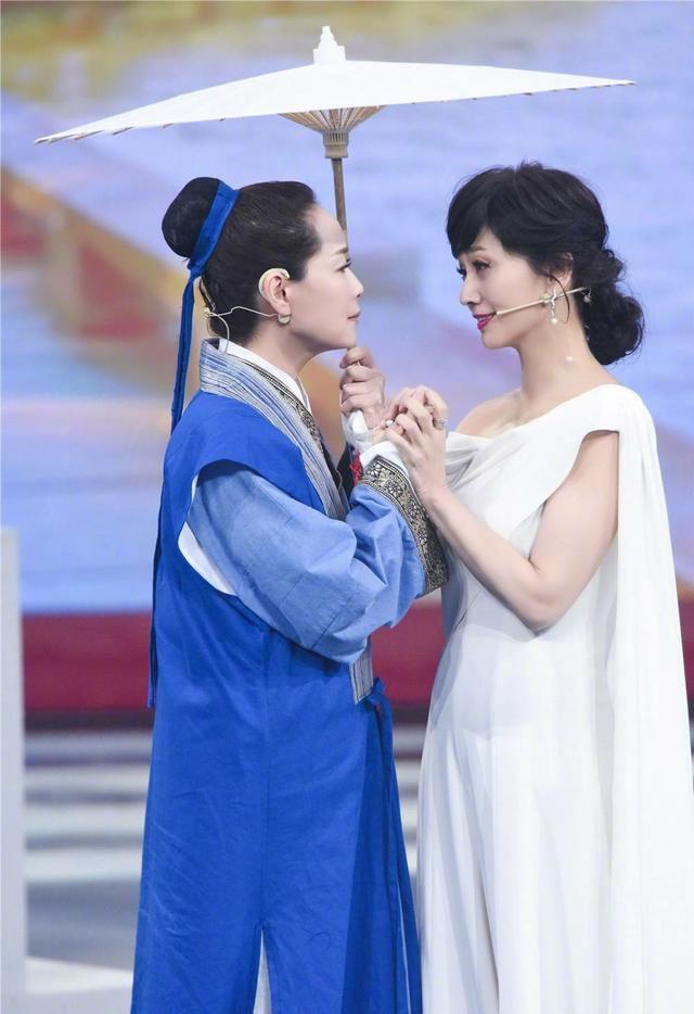 新白娘子三美26年后重聚,王源惊喜同台,不过赵