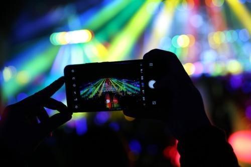 中兴通讯携手张信哲共同见证5G未来进行式