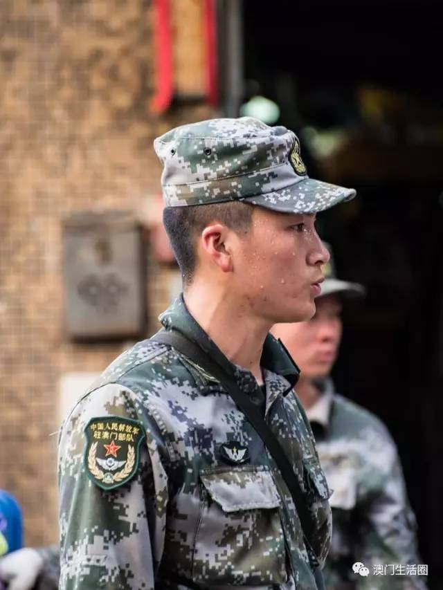 中美风灾扎心对比 有人留言特朗普:看看人家解放军