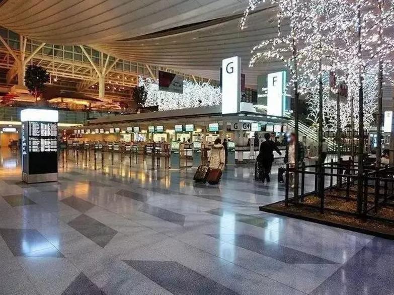 日本保洁员,机场保洁