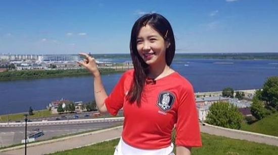 韩国SBS最美世界杯女主播现身俄罗斯