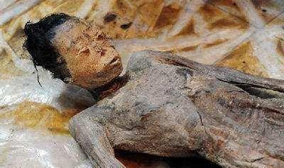 隋朝墓地埋着9岁小孩,棺外刻着四个字威慑盗墓