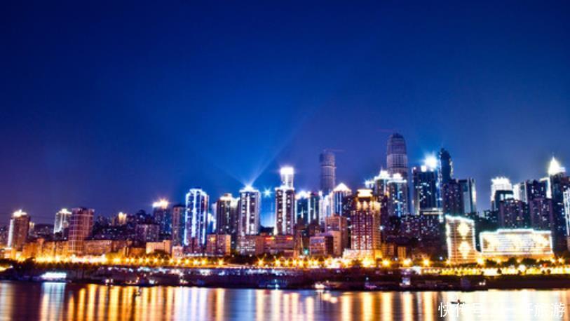 重庆第一高楼即将建成,花费240亿当地人都不满