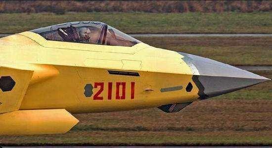 0战机去年至少生产15架,今年换装矢量发动机产