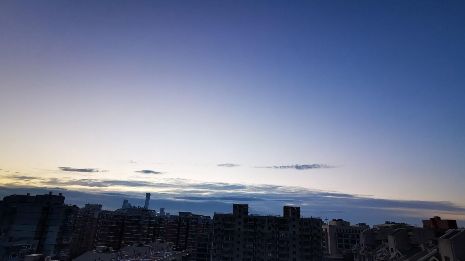 白天紫外线强 午后山区有雷雨