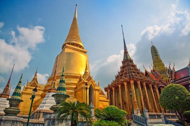 中国游客又丢人丢到国外,因拍照被泰国人骂作
