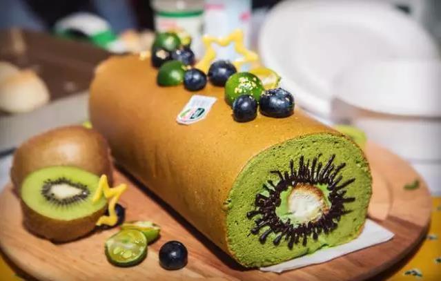 蛋糕加上猕猴桃会擦出什么样的火花呢?